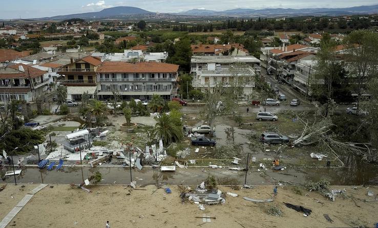 Први фотографии од воздух: Вака денеска изгледа Грција после разорниот ураган