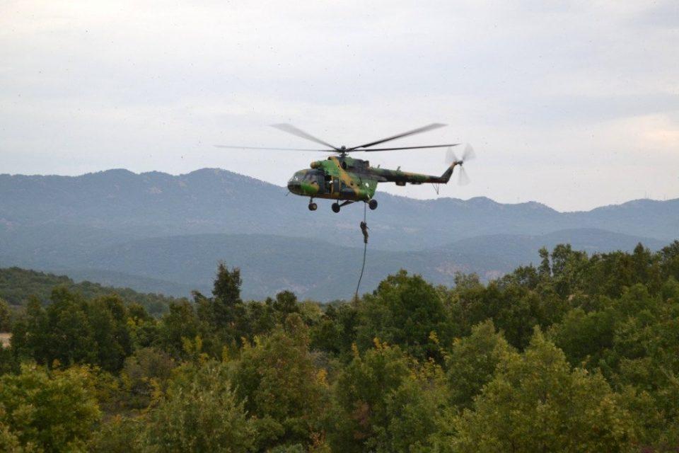 Драма на Селечка Планина кај Прилеп: Со хеликоптер извлечено 15-годишно девојче