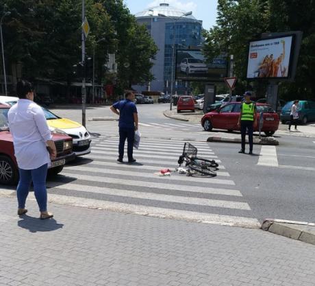 Велосипедист повреден на пешачки во Центар