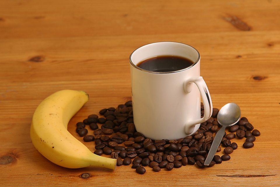 Кафе, лимонада и безалкохолни напитоци – никогаш на празен стомак