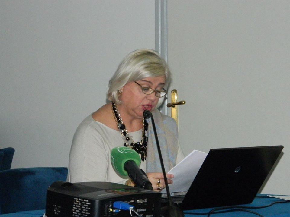 Професорката Котлар до Заев: Вашето незнаење, необразованост и политички егзебиции чувајте си ги за вас!