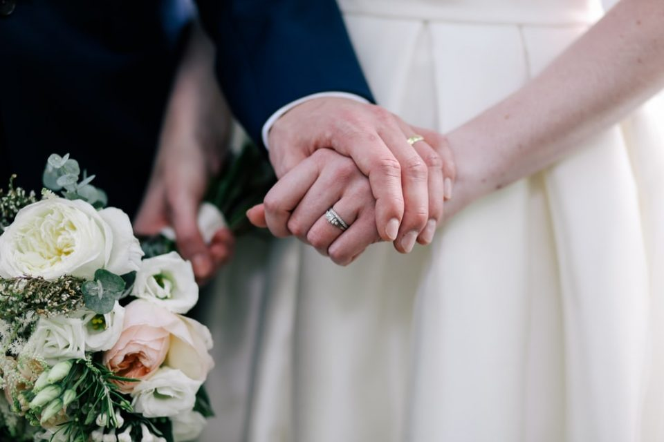 Младоженец купил невеста за 1.600 евра во Скопје