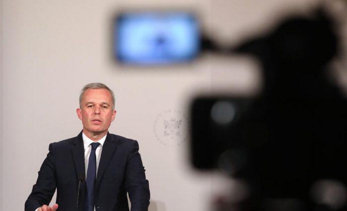 Вториот човек на француската Влада поднесе оставка