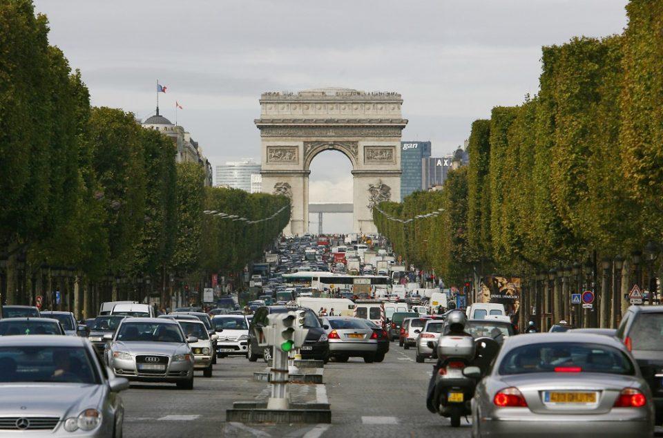 Париз ги протерува старите дизел автомобили