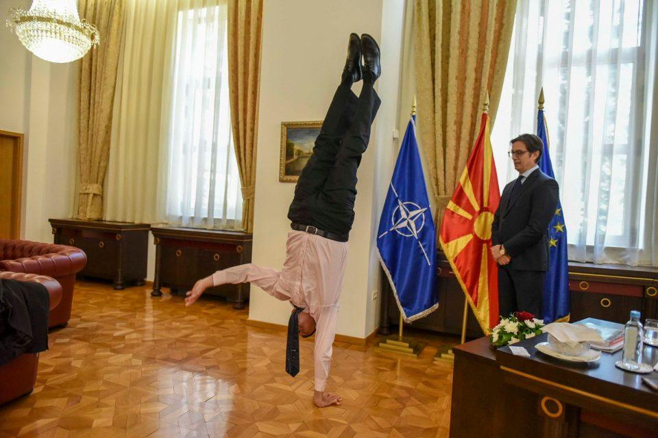 Пендаровски – Орјан: Стој на раце со израелскиот амбасадор