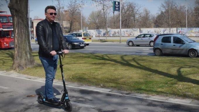 Шилегов: Можеби за година и половина нема да ни треба автомобил за низ Скопје