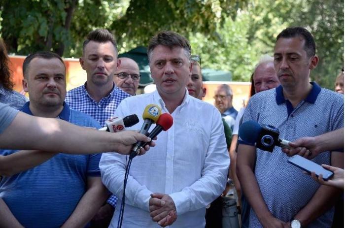ВМРО ДПМНЕ бара Шилегов да се откаже од набавка на нови возила за да се пошумат опожарените места