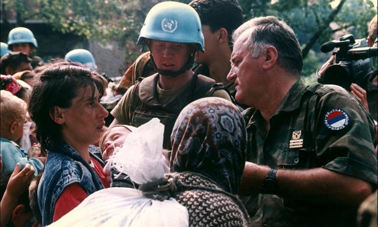 """Холандски војници ја тужат владата поради Сребреница, биле испратени """"во невозможна мисија"""""""