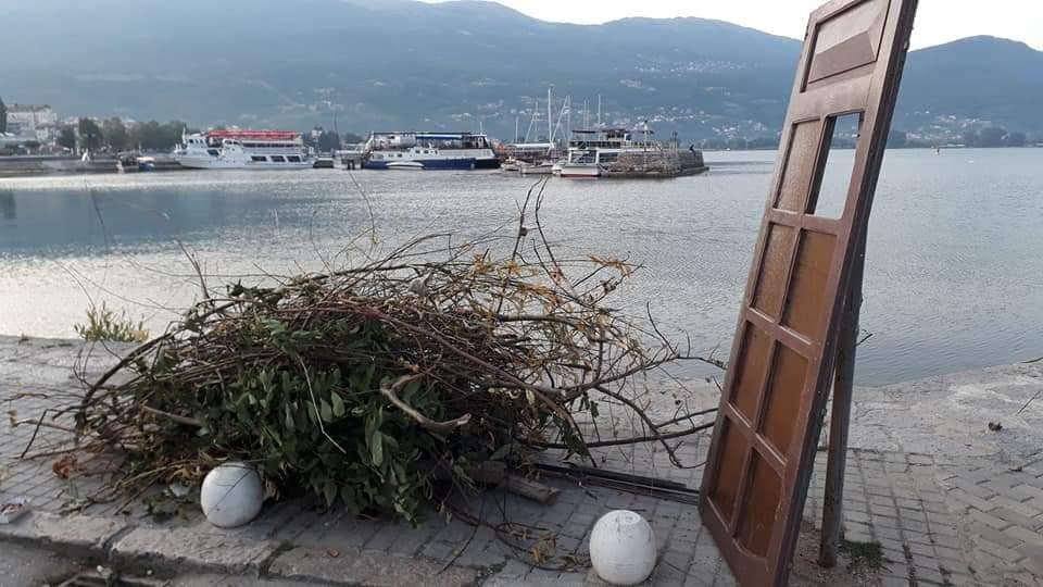 Охрид доби споменик на несовесноста и негрижата за градот