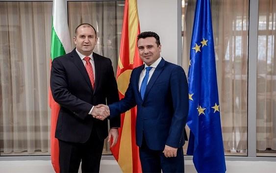 Членки сме на НАТО и нема потреба од разузнавачки служби: Заев за планот на Радев да ги спасува Бугарите во Македонија