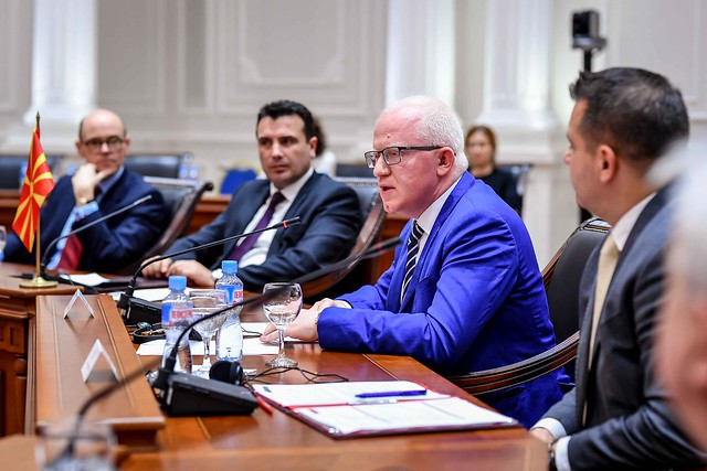 Заев: Да ги видам аргументите и снимките, па ќе одлучам дали ќе барам оставка од Рашковски