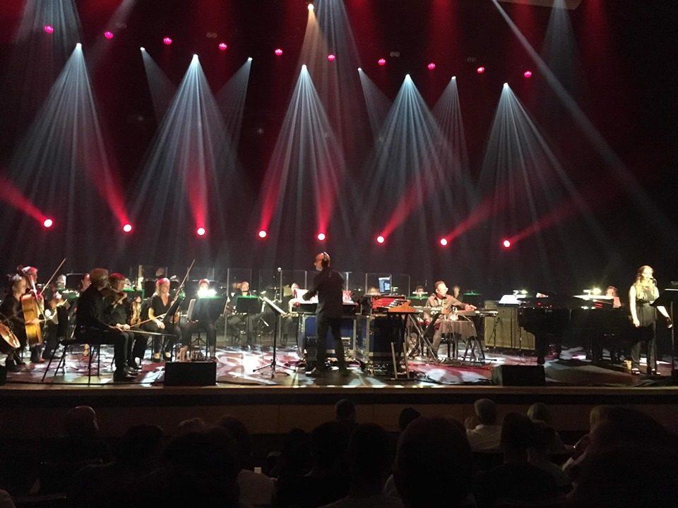 Џијан Емин: Прв пат во постоењето на Ројал фестивал хол публиката стана на нозе да игра