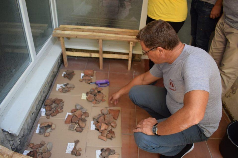 """Министерот за култура во посета на локалитетот """"Ѓоновичко кале"""""""