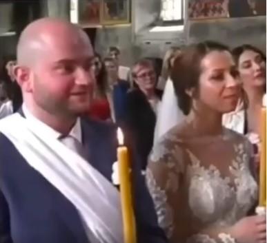 Одговорот на овој младоженец стана хит: Попот го праша дали е ветен на друга?