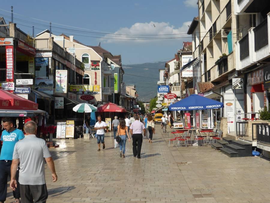 Трагедија во Струга: Пијан паднал од тераса и загинал