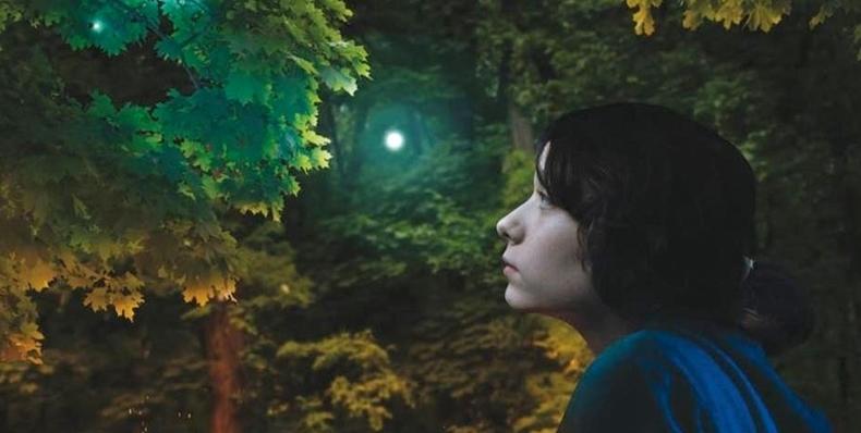 """Изложбата """"Родови перцепции"""" во МСУ се затвора со проекција на отворено на филмот """"Триесет души"""""""