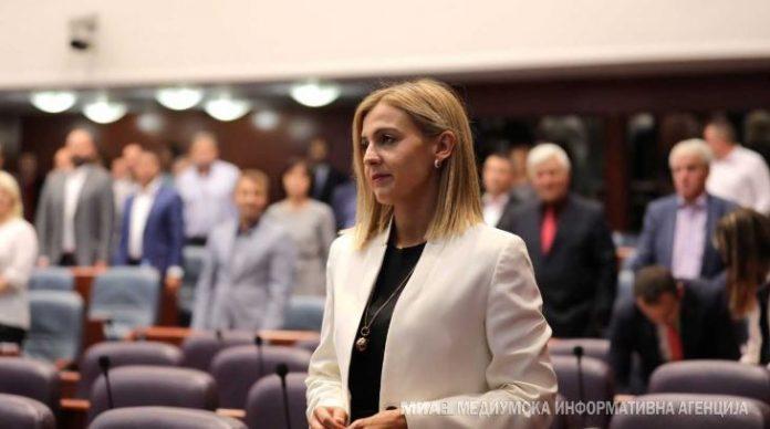 Мицевски до Ангеловска: Настапувате со ист говор, вакво нешто се нема случено во македонскиот парламент