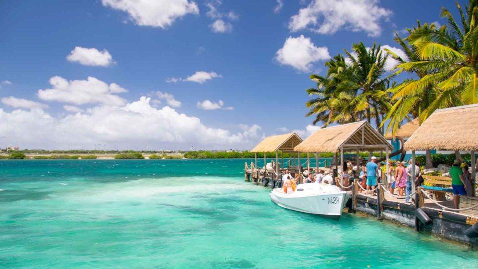 Би платиле ли 100 евра за да влезете на оваа плажа?
