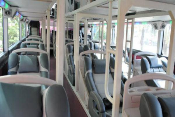 Шестгодишно дете почина откако било оставено во автобус 9 часа