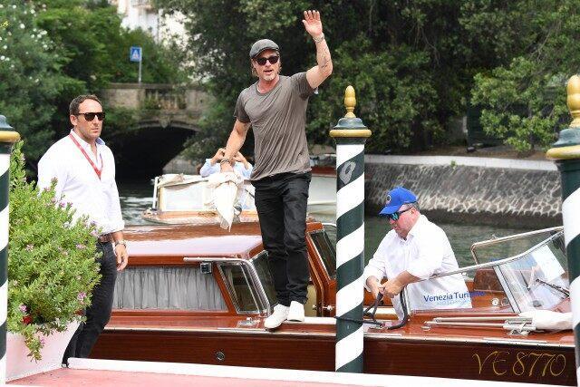 Бред Пит пристигна во Венеција