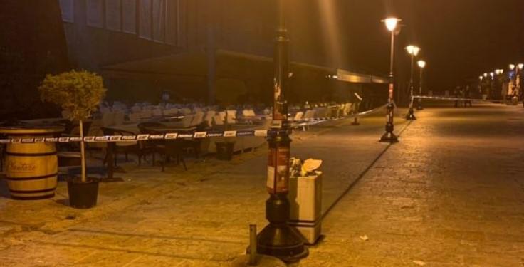 Крвав инцидент во Будва: Маскирано лице рани двајца мажи во Стариот град