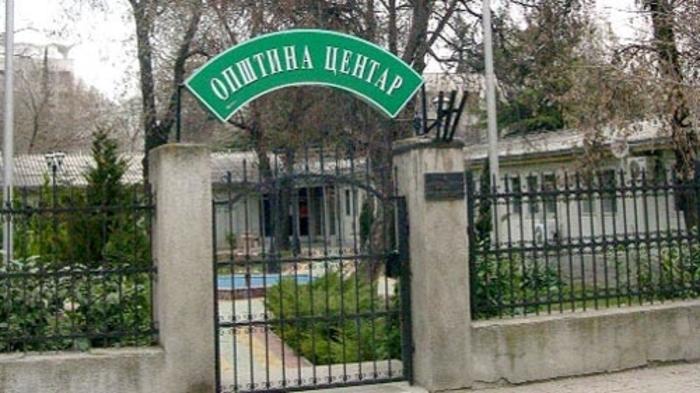 Градоначалникот Богдановиќ е негативен на ковид-19, ќе остане во изолација додека го чека вториот тест