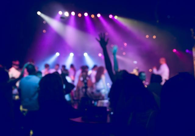 Црна Гора ја забрани работата на дискотеките и клубовите