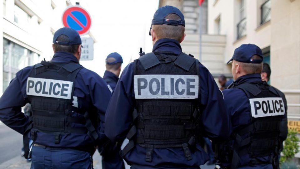 Се повеќе француски полицајци се самоубиваат