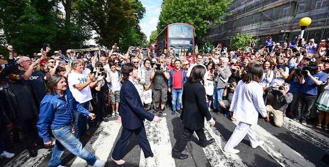 """Обожавателите на """"Битлси"""" се собраа да одбележат 50 години од албумот """"Abbey Road"""""""