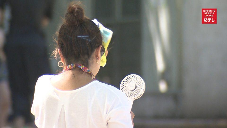 Над 18 илјади лица во болница, 57 починати поради жештините во Јапонија