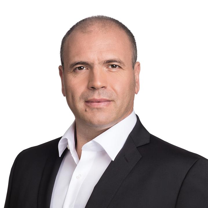 Градоначалникот на Заев против Бучковски: Неговите тези се велепредавство