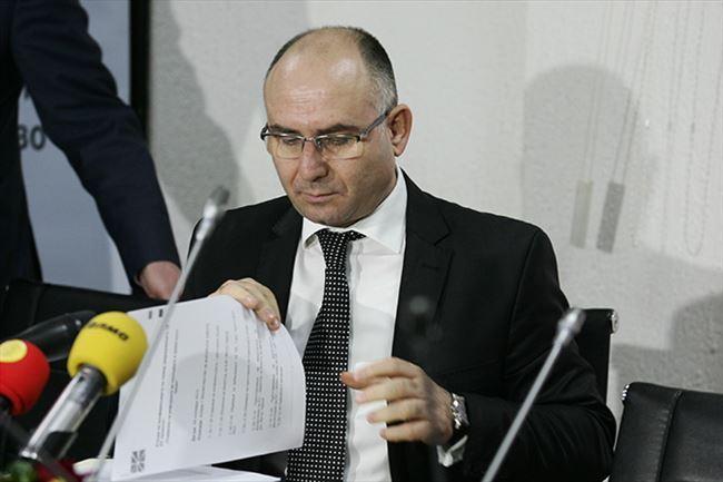 Владата му предложи на Уставниот суд да го отфрли барањето на Митко Чавков за оценување на уставноста на Законот за амнестија