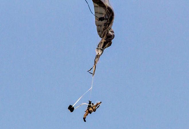 Падобранот не се отворил и паднала од 1.500 метри висина: Кога дошле спасувачите-занемеле