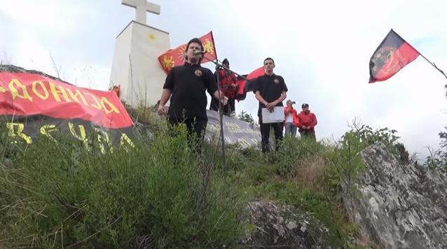 """Да ве полазат морници: Прилепчанец ја пее """"Земјо Македонска"""" на врвот Ножот"""
