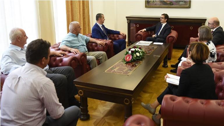 Пендаровски се сретна со Стерјовски, пратеникот во албанското Собрание