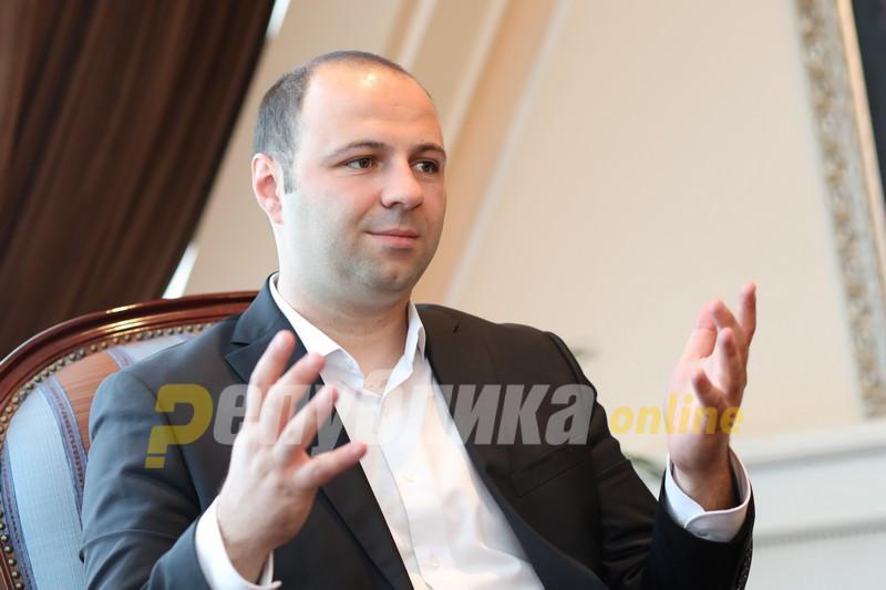 Заев ќе избега од предлогот за кандидат за мандатар за да има имунитет