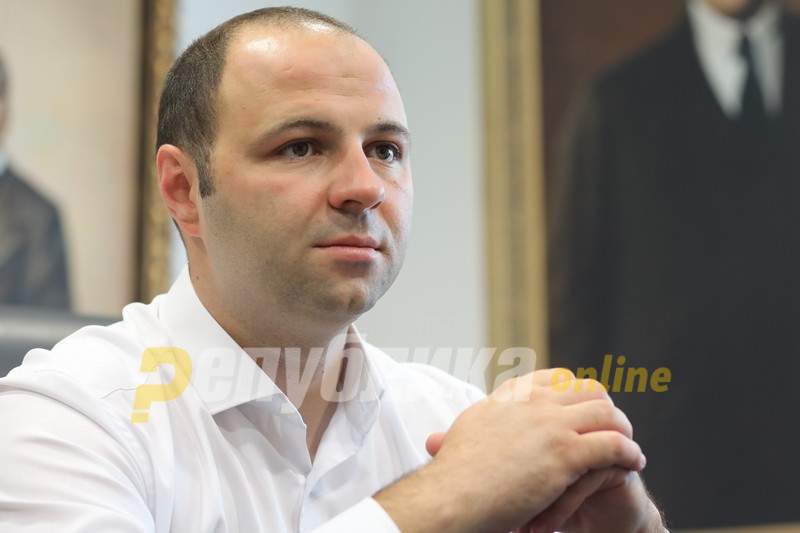 Мисајловски: Крајно време е власта да си даде колективна оставка и да следуваат избори!