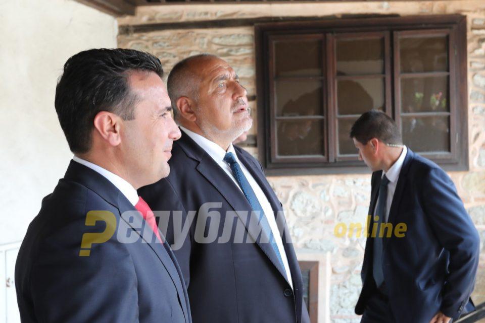 Мицковски: Зоки веќе има ветено глупости и ги има потврдено бугарските позиции, само се чека кога ќе стави потпис