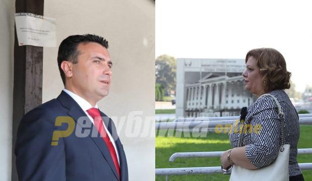 Едниот лаже, Заев или Фрчкоска: Премиерот и адвокатката на Јанева разговарале, но за што?