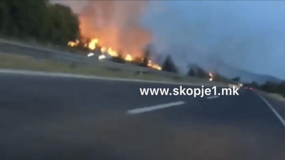 Голем пожар во близина на Велес, се шири кон куќите