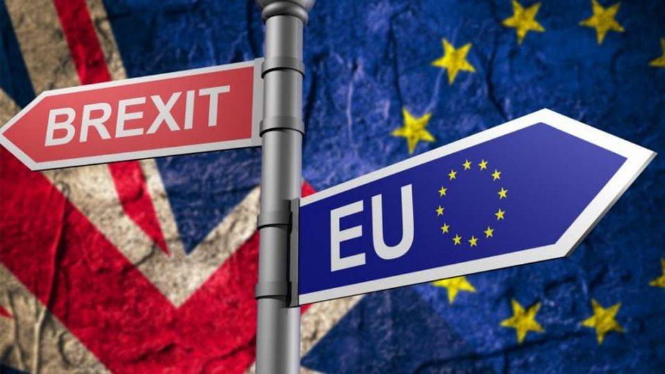 Велика Британија излегува од ЕУ на 31 октомври со или без договор