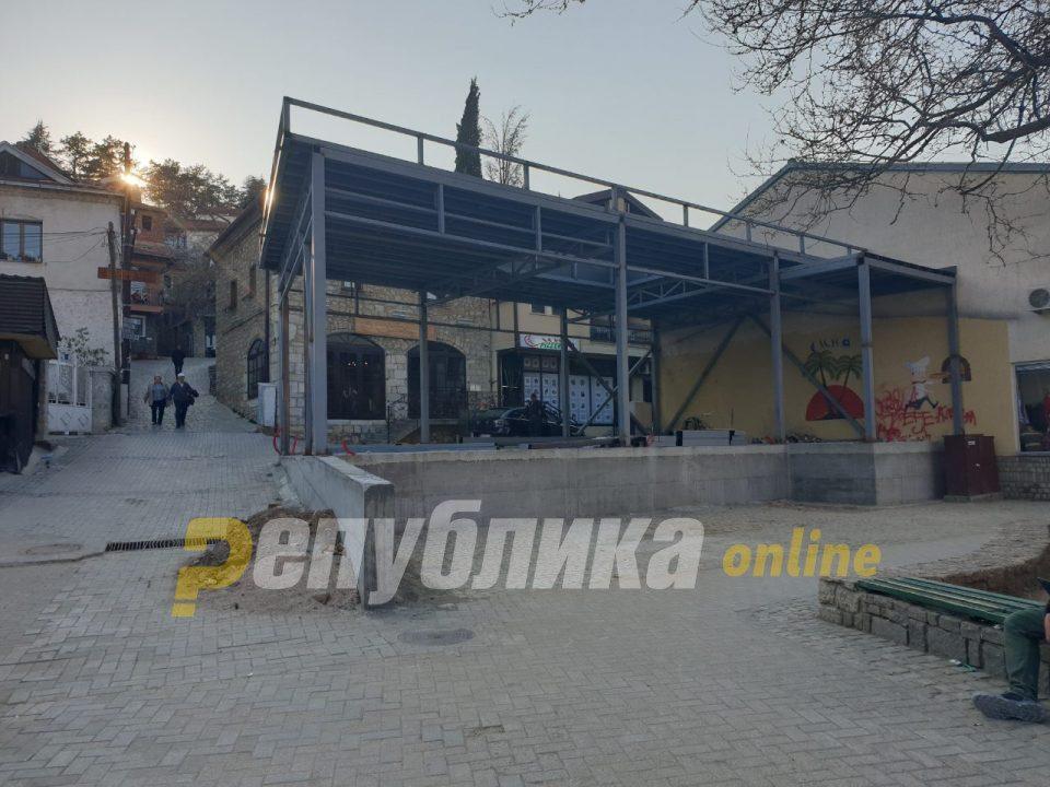 Во Охрид почна уривањето на дивоградбите