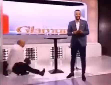 Џеј падна од столица среде емисија