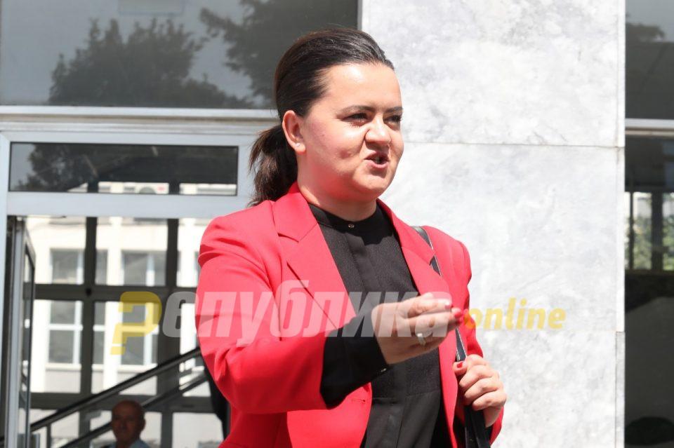 Ременски до ВМРО-ДПМНЕ: Многу бргу ќе ги боли глава од документите одземени од кај мене!