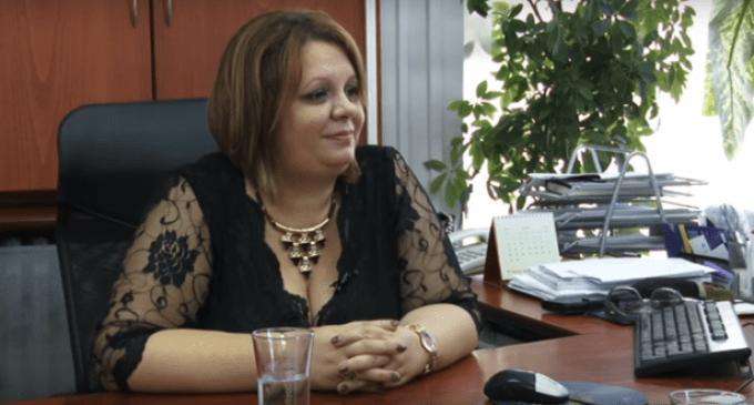 Рускоска ќе одлучува за саксиите, пијалаците, сликите и парите на Катица Јанева