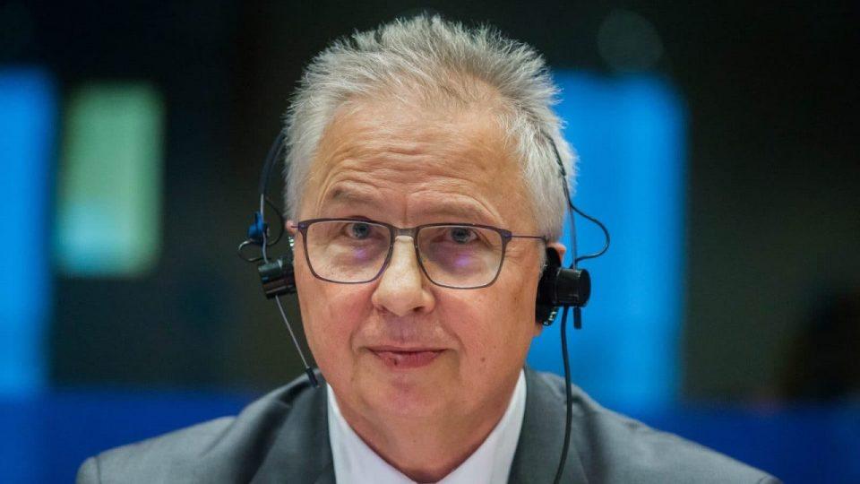 Новиот комесар за проширување на ЕУ Трочањи се сретна со грчкиот претседател Прокопис Павлопулос