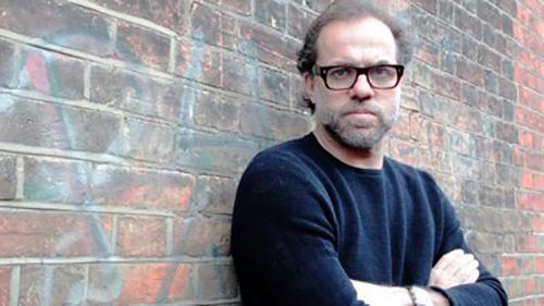 """Марко Мартинс, режисер:  """"Привремени фигури"""" е претстава за врските меѓу човекот и животните"""