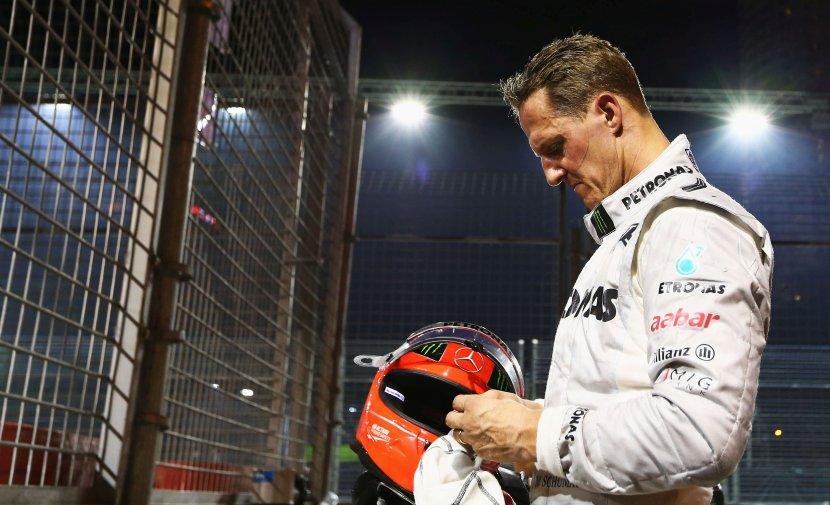 """Состојбата на Шумахер се подобрува? Шампионот пренесен во Париз на """"тајна операција"""""""