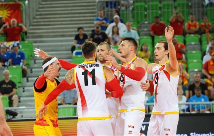 Трет пораз на одбојкарите на Европското првенство