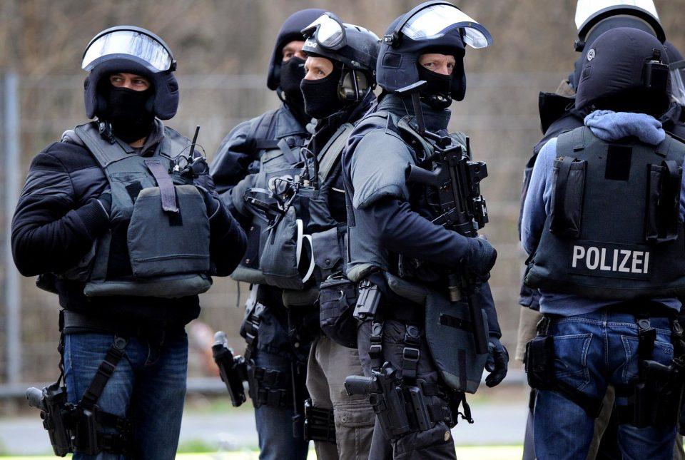 """Македонец раководел банда која """"опериpaла"""" во Германија, ги уапсиле во Дортмунд"""